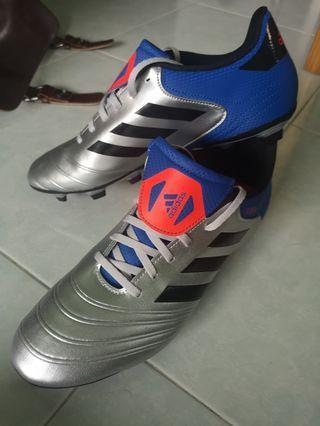 🚚 Adidas copa soccer boots us 11 UK 10.5