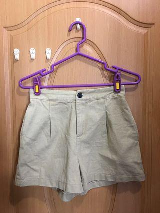 基本百搭素色短褲