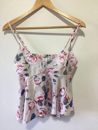 Lovely Girl 🙈 Satin Floral Top Sz S🙈