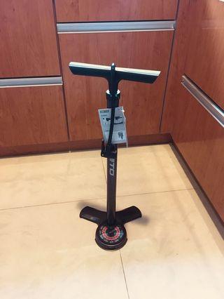 Beto HP floor pump