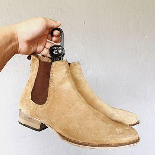 Chelsea Boots TOPMAN brown #RayaHome