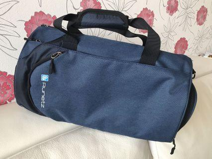 🚚 Runetz 20 inch Gym Bag