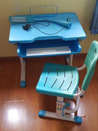 🚚 Kids Study Table adjustable height