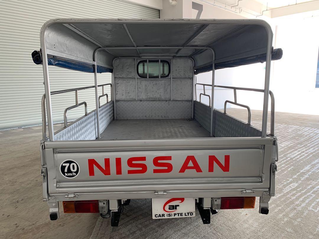 10/2012 Nissan Cabstar