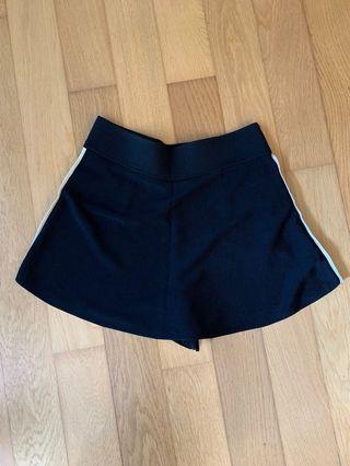 Zara Black Skorts