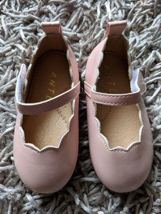 Brand New Baby Girl shoes by Ante.J (size 130)
