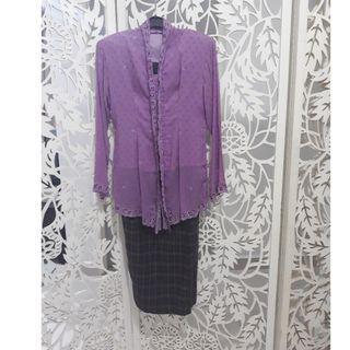 Kebaya sulam purple kain lipat depan