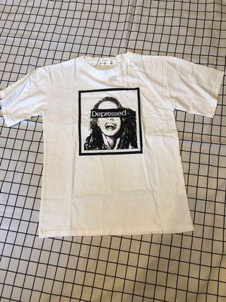 短袖T恤-白色