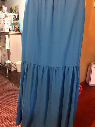 Long Skirt / blue skirt size L