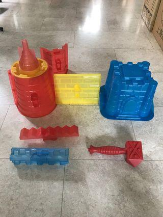 Unusual Giant Sand Castle Toy Moulds