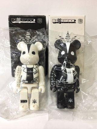 Bearbrick 100% Devilock 黑白色兩隻