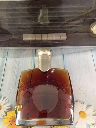 700ml CAMUS EXTRA  HIGH HAND COGNAC 👍👍👍🥃🥃🌈🌈🌈🤠