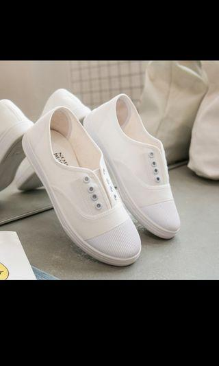 White Sneakers shoes