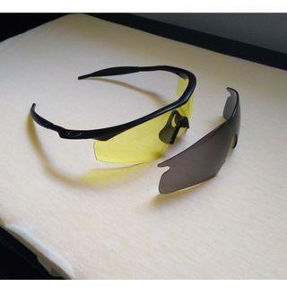 Oakley M-Frame w/ 2 Lenses