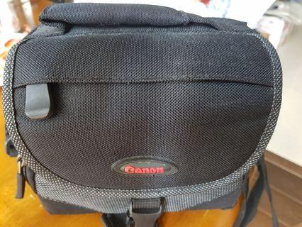 Canon small camera bag