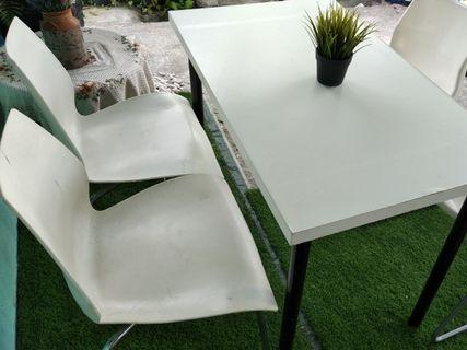 Dinning table/ stady table