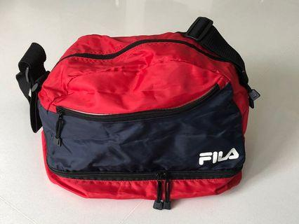 🚚 FILA Sling Bag