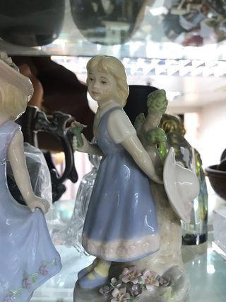 陶瓷 仙樂飄飄處處聞的女人們2個
