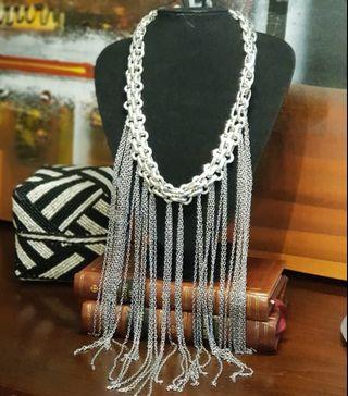 🚚 Cascading Silver Chain Necklace