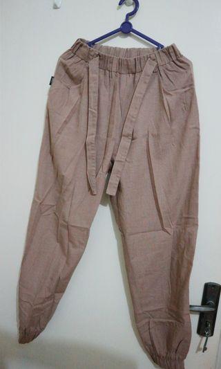Jogger Pants coklat