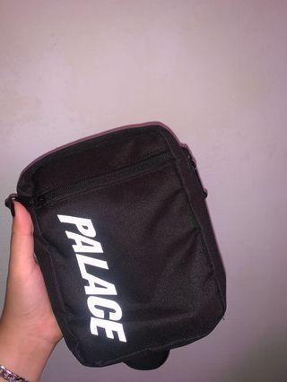 🚚 Palace Sling Bag