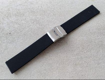 22mm Black Rubber Silicone 'Patterned' Deployant Strap