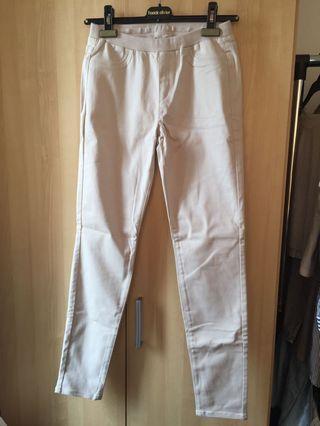 UNIQLO Cream Stretch Pants