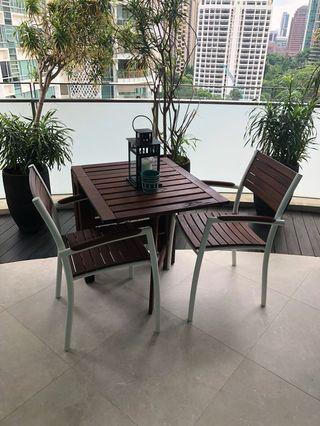 Balcony Table and 2 Chairs