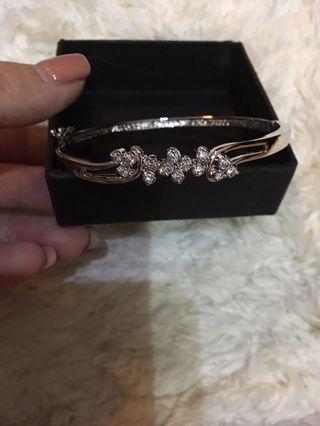 Gelang diamond