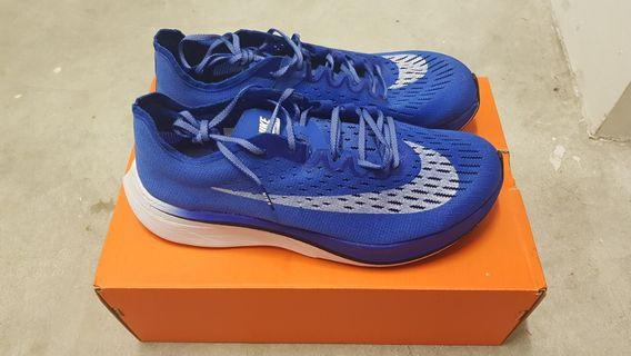 Nike zoom vaporfly 4% v1 hyper royal mens US 9