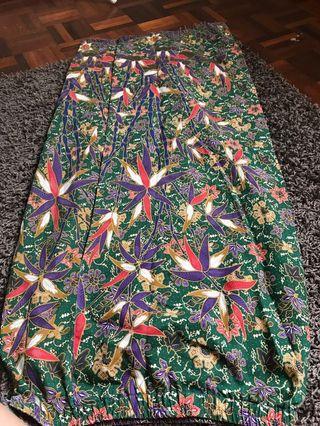 Kain baju kurung. Batik type