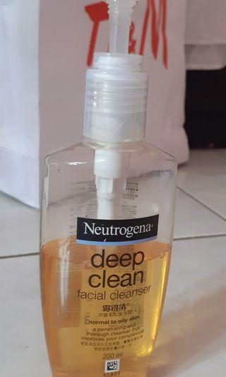 Facial Cleanser Neutrogena
