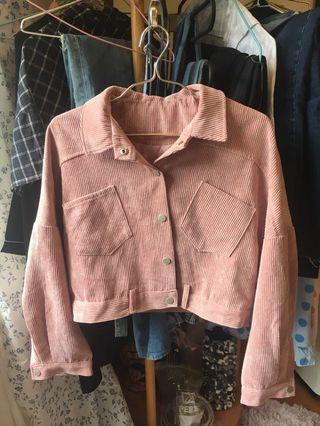 🚚 燈芯絨粉紅短版外套
