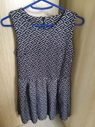 黑白裙 dress