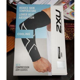 2XU ICE X COMPRESSION ARM GUARDS / SLEEVES 壓力手袖, SIZE S