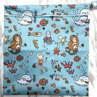 【YYB 90】L Size (30*28cm) Wetbag / Baby Diaper Wet Bag / Childcare Bag / Travel Bag