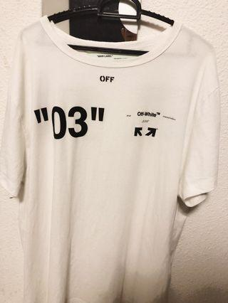 🚚 Off white for all 03 white tee condition 9/10
