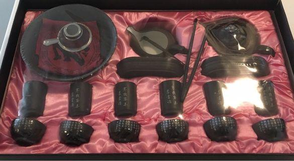24-piece Traditional Chinese Tea Set