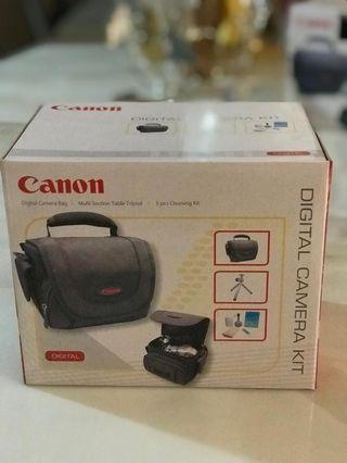🚚 Canon Camera Kit - Bag, Tripod and cleaning kit