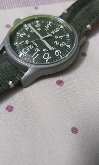 Timex watch type tw2r68100