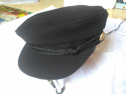 Topi sailor hat