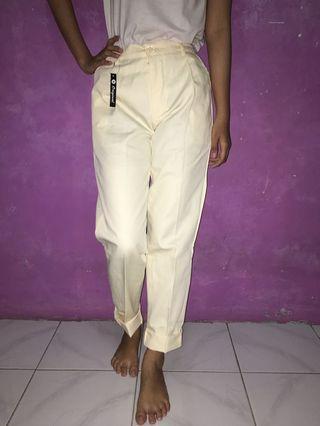 white plain pants