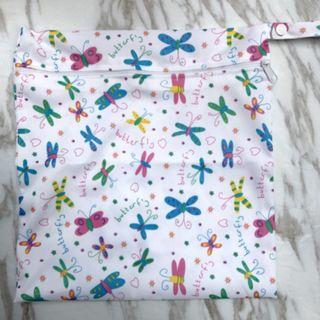 【YYB 84】L Size (30*28cm) Wetbag / Baby Diaper Wet Bag / Childcare Bag / Travel Bag