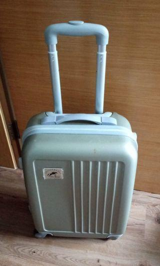 """🚚 19"""" overhead cabin luggage very good condition"""