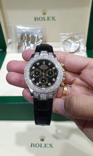 Rolex Daytona 116523 Half Gold Diamond Maker Black Dial.