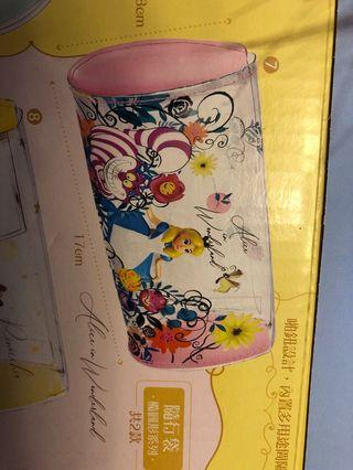 7-11 Disney Alice case