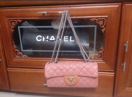 Chanel牛皮銀鏈