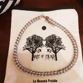 🚚 Silver Rhinestone Braided Leather Necklace