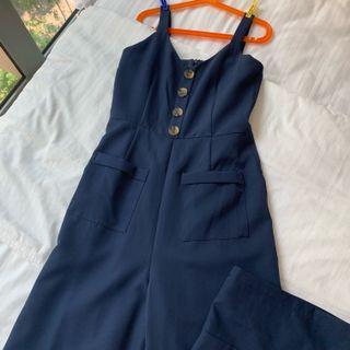 🚚 navy blue jumpsuit