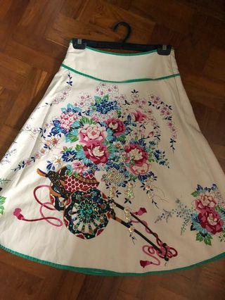 🚚 Floral A-line skirt